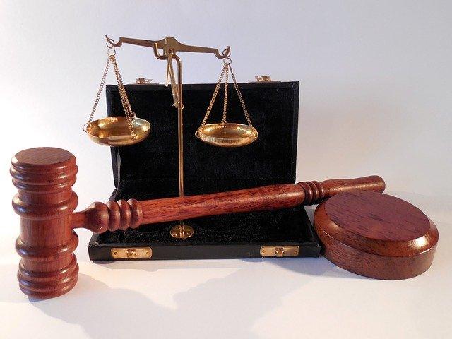 W czym zdoła nam wesprzeć radca prawny? W których sytuacjach i w jakich płaszczyznach prawa wesprze nam radca prawny?
